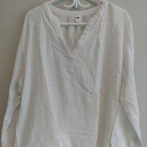 XXL white pullover blouse, long sleeve.